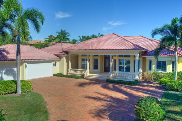 Home for Sale at 18812 Rio Vista Drive, Tequesta FL 33469