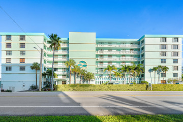 Home for Sale at 900 Ocean Drive #402, Juno Beach FL 33408