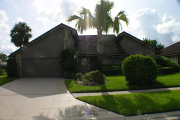 Home for Rent at 12870 La Rochelle Circle, Palm Beach Gardens FL 33410