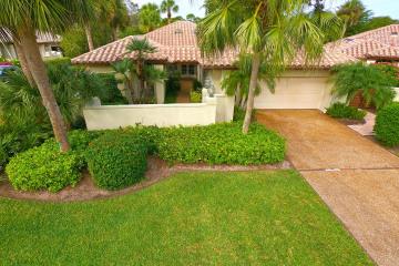 Home for Sale at 6354 SE Ironwood Circle, Stuart FL 34997