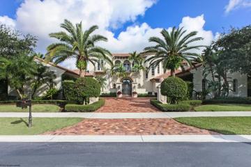 Home for Sale at 111 Via Palacio, Palm Beach Gardens FL 33418