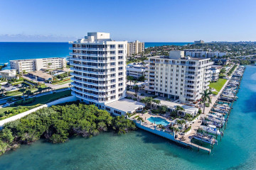 Home for Sale at 425 Beach Road #6R, Tequesta FL 33469