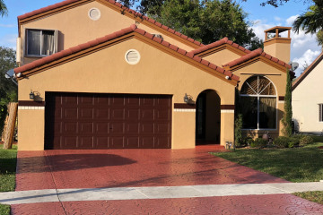 Home for Sale at 5721 NW 62 Mnr Manor, Parkland FL 33067