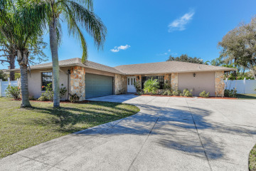 Home for Sale at 374 W Riverside Drive, Tequesta FL 33469