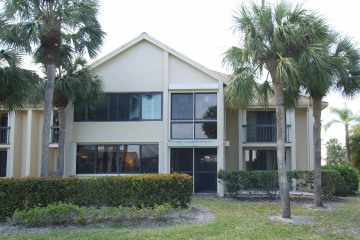 Home for Sale at 10459 SE Terrapin Place #D101, Tequesta FL 33469