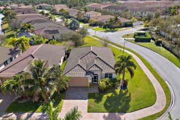 Home for Sale at 3260 SW Porpoise Circle, Stuart FL 34997