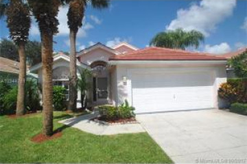Home for Sale at 720 Clearbrook Park Circle, Delray Beach FL 33445