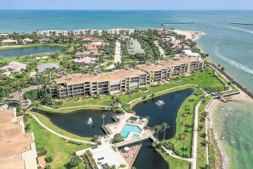 Home for Sale at 2814 SE Dune Drive #2407, Stuart FL 34996