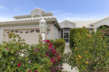 Home for Sale at 8953 SE Riverfront Terrace, Tequesta FL 33469