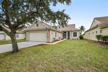 Home for Sale at 6627 SE Seven Oaks Lane, Stuart FL 34997