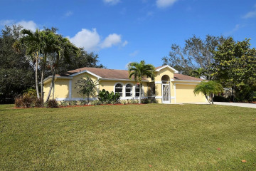 Home for Sale at 2714 NW Florida Avenue, Stuart FL 34994