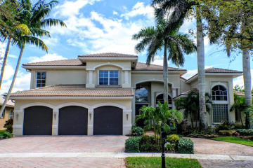 Home for Sale at 19492 Saturnia Lakes Drive, Boca Raton FL 33498