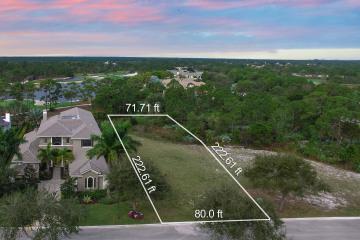 Home for Sale at 10460 SE Scrub Jay Lane, Hobe Sound FL 33455