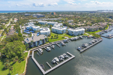 Home for Sale at 1033 Bay Colony Drive S, Juno Beach FL 33408