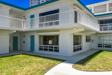 Home for Sale at 1470 S Ocean Boulevard #201, Lauderdale By The Sea FL 33062