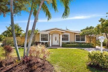 Home for Sale at 272 NE 13th Street, Delray Beach FL 33483