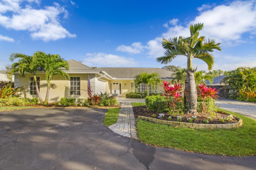 Home for Sale at 350 Country Club Drive, Tequesta FL 33469