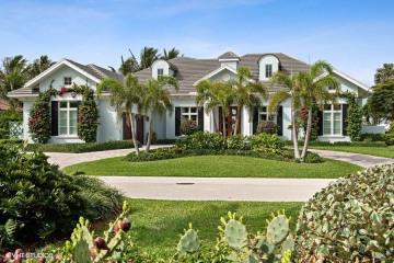 Home for Sale at 2915 SE Dune Drive, Stuart FL 34996