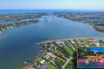 Home for Sale at 5241 Pennock Point Road, Jupiter FL 33458
