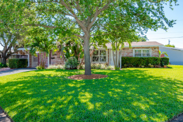 Home for Sale at 1300 SE 2nd Terrace, Deerfield Beach FL 33441