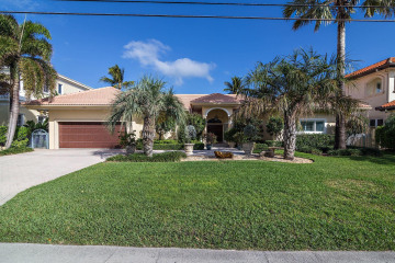 Home for Sale at 3464 NE 31st Avenue, Lighthouse Point FL 33064