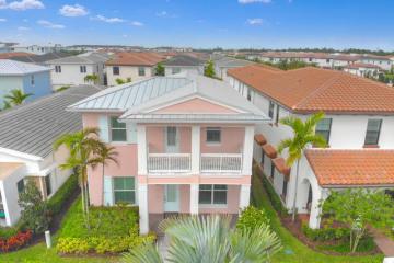 Home for Rent at 5045 Grandiflora Road, Palm Beach Gardens FL 33418