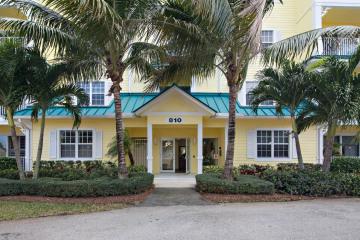 Home for Sale at 810 Juno Ocean #401, Juno Beach FL 33408