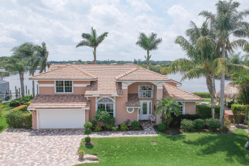 Home for Sale at 8594 SE Water Oak Place, Tequesta FL 33469