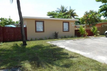 Home for Sale at 344 NW 5th Avenue #344, 342, Delray Beach FL 33444