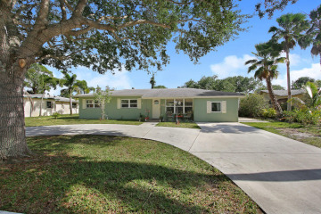 Home for Sale at 406 Tequesta Drive, Tequesta FL 33469