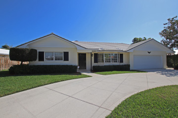 Home for Rent at 158 River Drive, Tequesta FL 33469