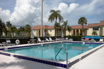 Home for Rent at 717 Us-1 #211, Jupiter FL 33477