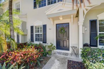 Home for Sale at 940 Kokomo Key Lane, Delray Beach FL 33483