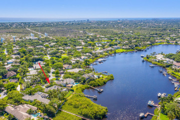 Home for Sale at 18171 SE Ridgeview Drive, Tequesta FL 33469