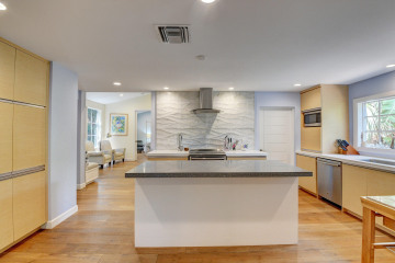 Home for Sale at 222 SE 7th Avenue, Delray Beach FL 33483
