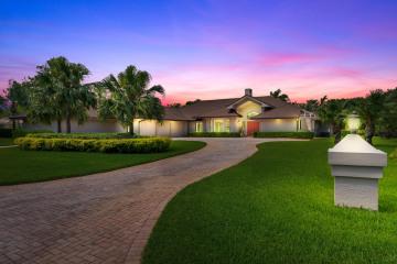 Home for Sale at 5986 SE Congressional Place, Stuart FL 34997