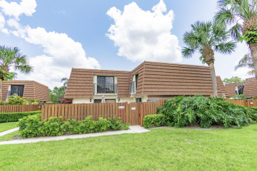 Home for Rent at 2410 24th Court, Jupiter FL 33477