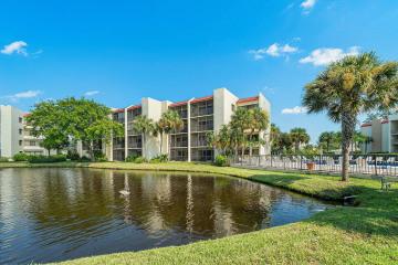 Home for Rent at 1605 S Us Highway 1 #B301, Jupiter FL 33477