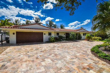 Home for Rent at 3730 NE 23 Avenue, Lighthouse Point FL 33064