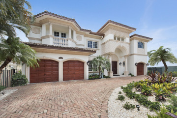 Home for Sale at 3016 NE 33rd Street, Lighthouse Point FL 33064