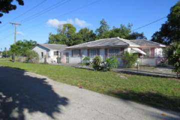 Home for Sale at 11 SW 13th Avenue, Delray Beach FL 33444