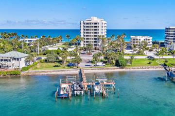 Home for Sale at 19950 Beach Road #9N, Jupiter FL 33469