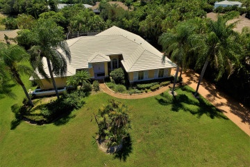 Home for Sale at 11952 SE Tiffany Way, Tequesta FL 33469