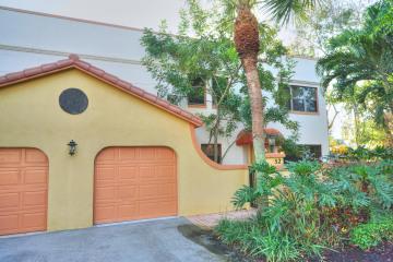 Home for Rent at 52 Uno Lago Drive, Juno Beach FL 33408