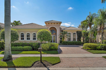 Home for Rent at 322 Vizcaya Drive, Palm Beach Gardens FL 33418