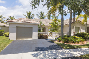 Home for Sale at 1584 Orion Lane Se, Weston FL 33327