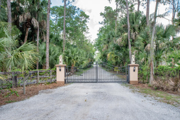 Home for Sale at 1154 Clydesdale Drive, Loxahatchee FL 33470