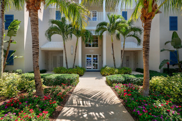 Home for Sale at 812 Bay Colony Drive S, Juno Beach FL 33408