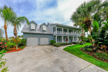 Home for Sale at 8575 SE Mangrove Street, Hobe Sound FL 33455