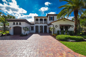 Home for Sale at 7055 Long Leaf Drive, Parkland FL 33076